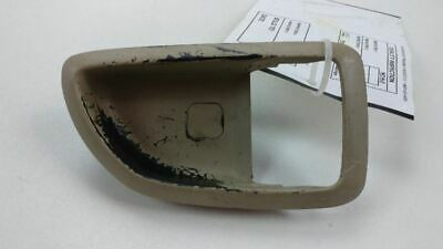 06-11 07 HYUNDAI AZERA FRONT RIGHT SIDE INTERIOR DOOR HANDLE BRACKET OEM 43454