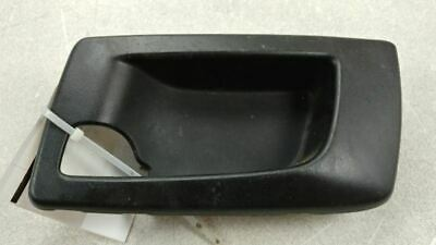 03-07 04 CADILLAC CTS REAR PSGR RIGHT INTERIOR DOOR HANDLE BRACKET OEM 46289