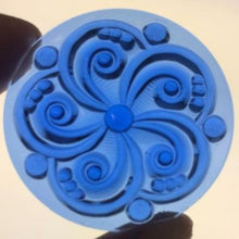 Load image into Gallery viewer, 35mm blue swirl jewel