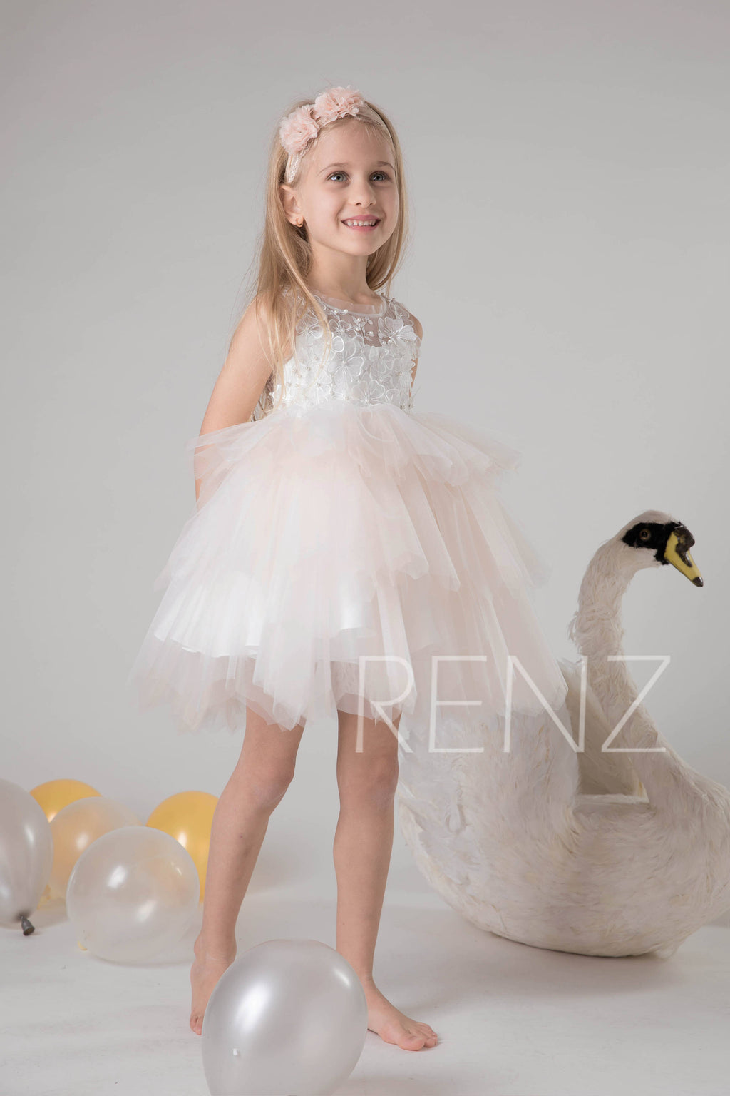 Off White Lace Flower Girl Dress Pale Peach Birthday Dress Illusion Baby Tutu Dress Beaded Girl Party Dress Junior Bridesmaid Dress(HK595)