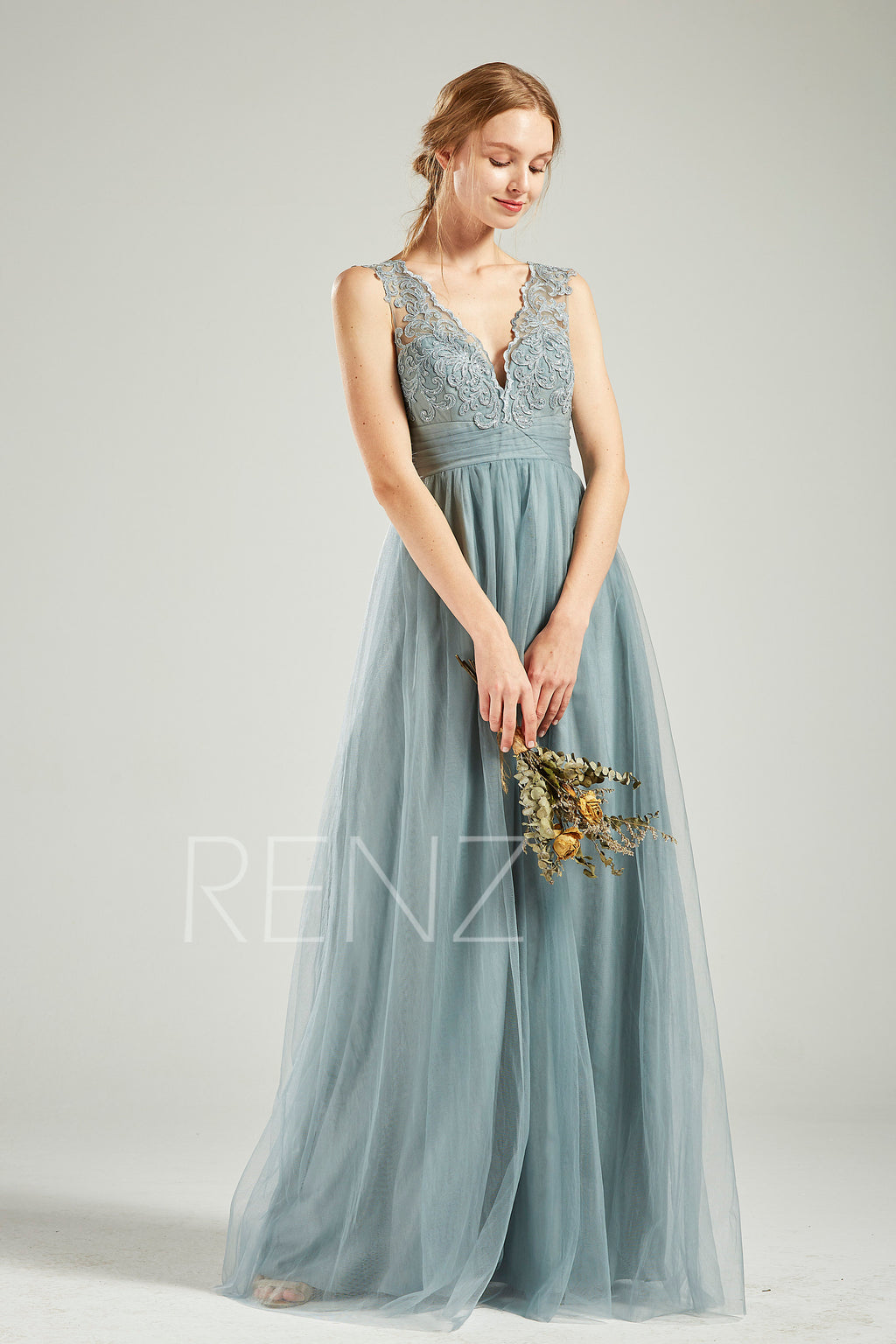 Dusty Blue Tulle Bridesmaid Dress Wedding Dress V Neck Sleeveless Maxi Dress Long Party Dress Illusion Lace Back A-line Prom Dress(HS731)