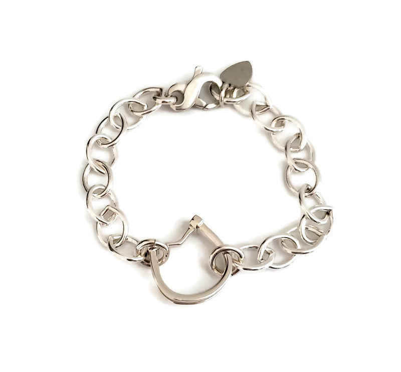 Small horseshoe with horsehair braid bracelet and lobster clasp