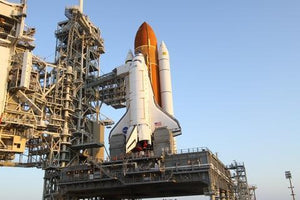 The Greatest Model Ever - Space Shuttle Endeavour in 1:144 Scale