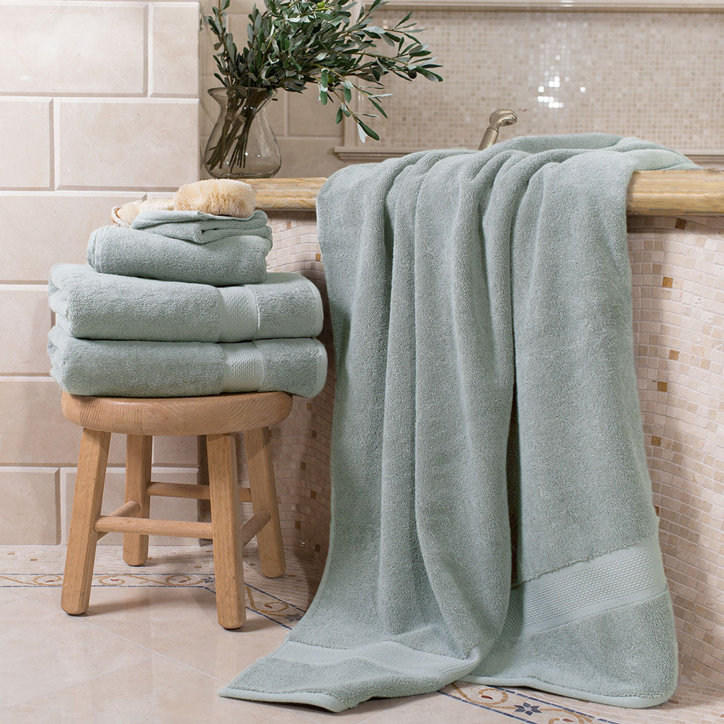 Bedroom inspiration and bedding decor | Classic Green Towel Spa Bundle (2 Wash + 2 Hand + 4 Bath Towels) Duvet Cover | Crane and Canopy