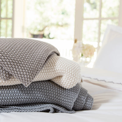 Bedroom inspiration and bedding decor | The Grey Knotted Throw | Crane and Canopy