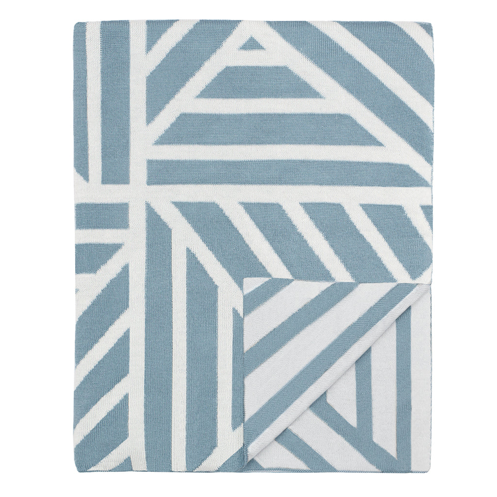 Bedroom inspiration and bedding decor | The French Blue Maze Throw | Crane and Canopy