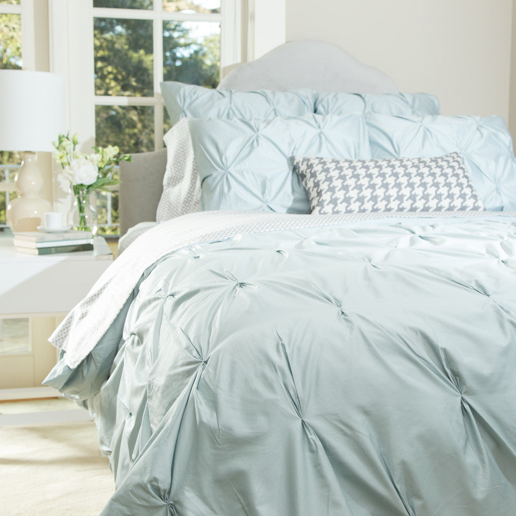 Pintuck Duvet: The Valencia Porcelain Green