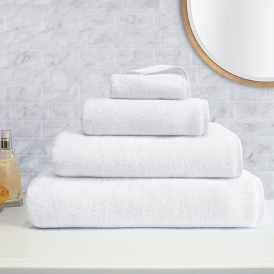 Plush White Towel Spa Bundle (2 Wash + 2 Hand + 4 Bath Towels)