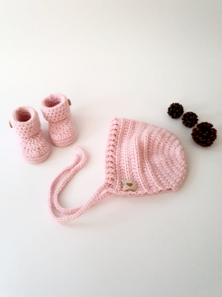 Classic Newborn Baby Set in Baby Pink