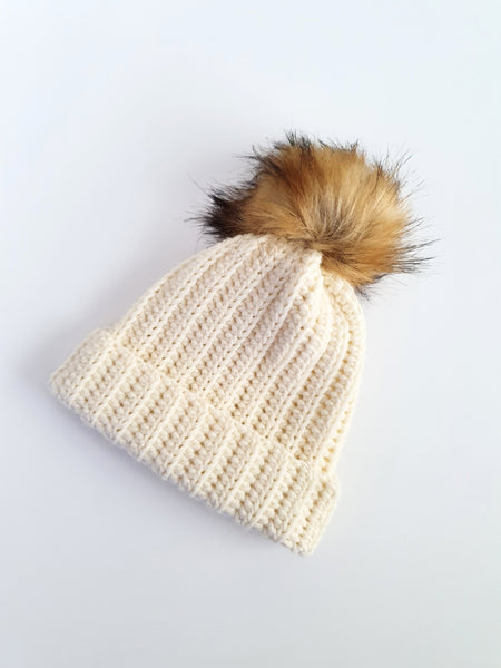 Merino Ribbed Hat in Creamy White