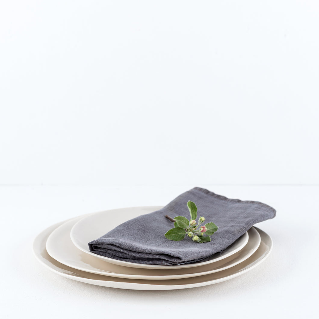 three piece dinner set