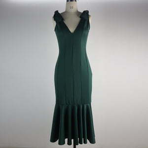 Sexy Deep V-neck Halter Evening Dress Pleated Dress