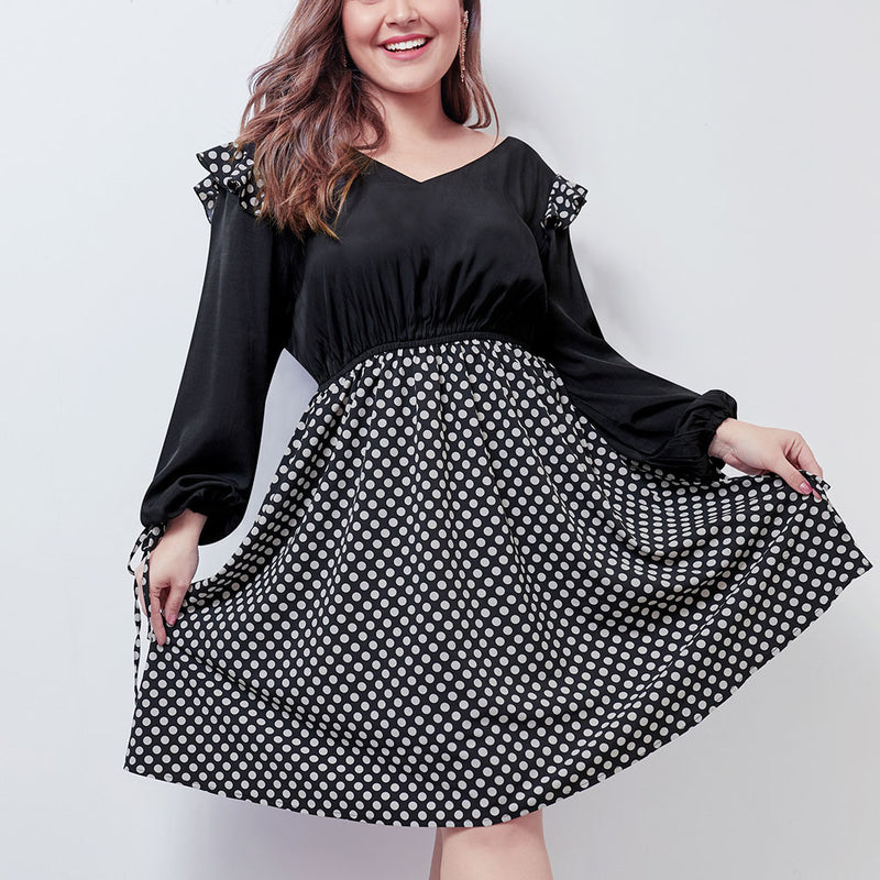 Large Size Women's New Wave Stitching Large Swing Skirt Front and Rear V-neck Bubble Long Sleeve Dress