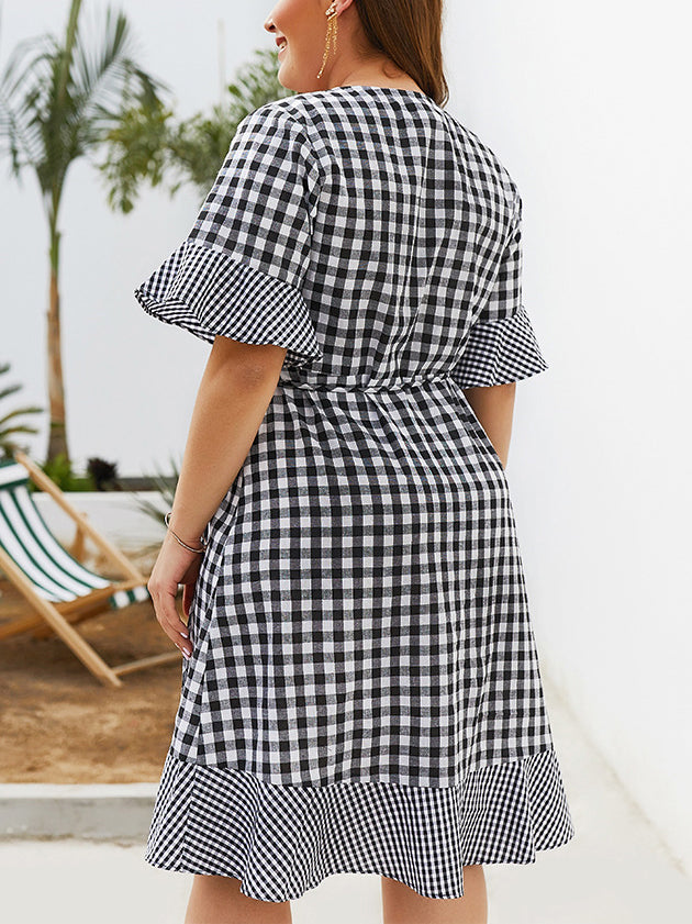 Plus Size New Plaid Five-point Sleeve Ruffled Dress
