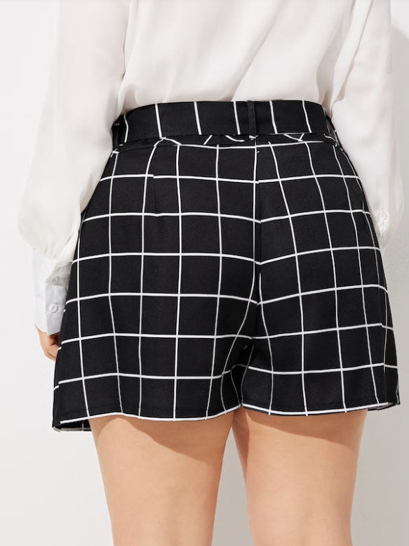 Large Size Women's Plaid Shorts