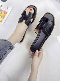 Spring and Summer Women's Shoes Casual Word Sandals and Slippers H Slippers Outside Wearing Women's Solid Color Slippers