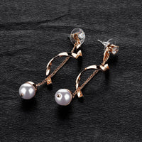 Temperament Lady Style Pearl Earrings Geometric Exaggerated Spiral Wave Earrings Ear Jewelry