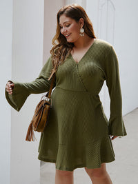 Fashion Large Size Women's Autumn and Winter Long-sleeved V-neck Knit Dress