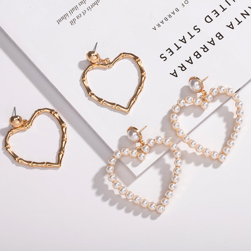 Vintage Peach Heart Love Earrings Pearl Hollow Earrings