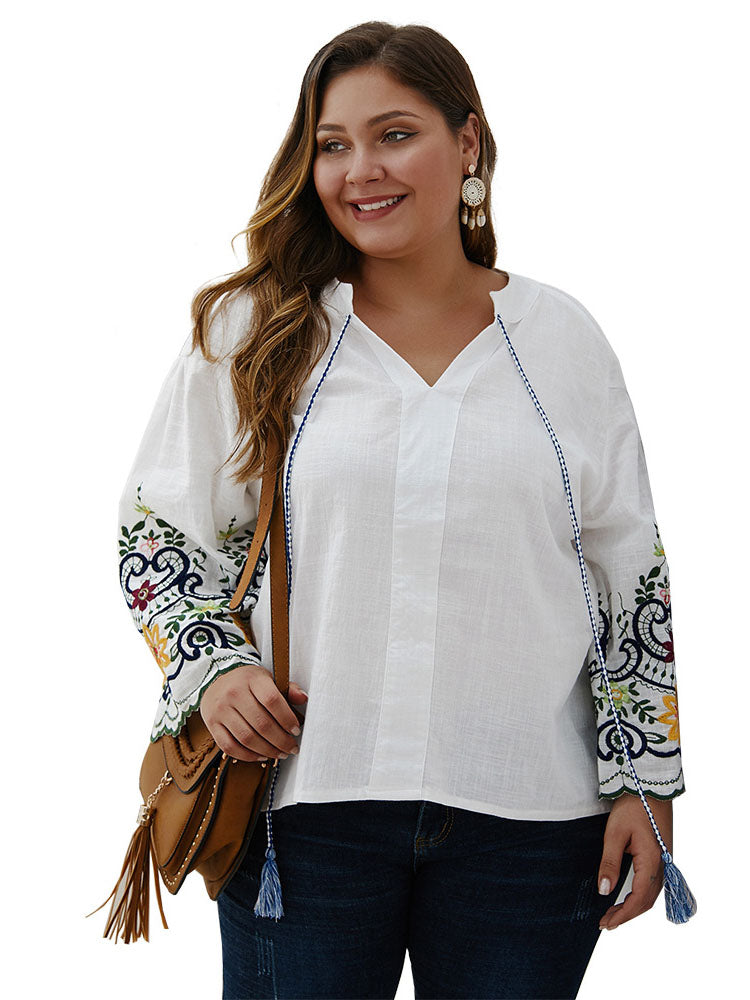 Large Size Women's Early Autumn Embroidered T-shirt Top