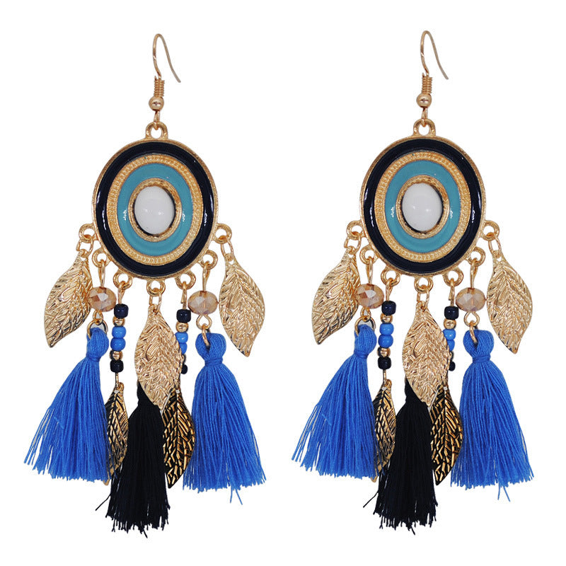 New circle tassel earrings Autumn and winter wool thread earrings National wind long leaf ornaments