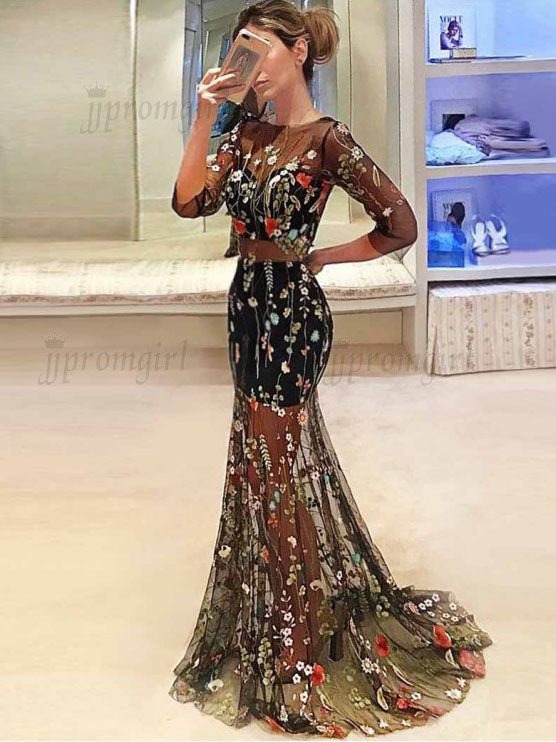 Sexy Deep V Sleeve Embroidered Dress Slim Halter Large Swing Dress Prom Dress