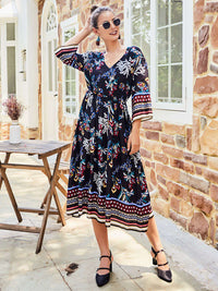 Original Design Women's New Autumn Print V-neck Dress