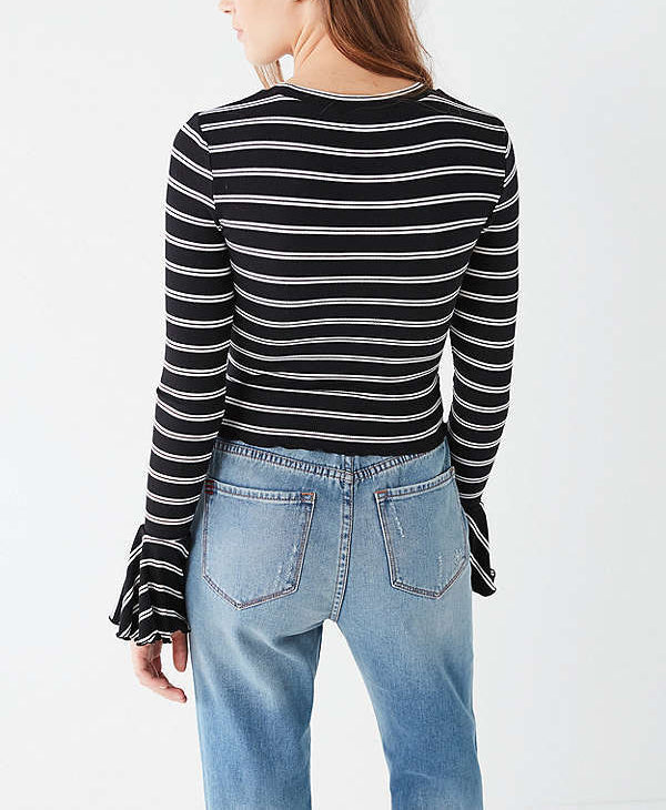 Sexy Round Neck Flare Sleeve Tight T-Shirt