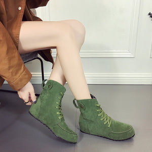 Autumn and Winter Flat Boots with Round Heads and Large Size Women's Boots