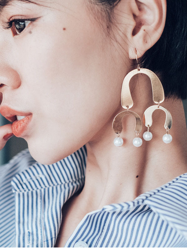 Fashion Design Popular Earrings Arc Sequin Alloy Earrings Personalized Jewelry
