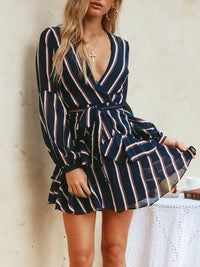 Striped Deep V-neck Long-sleeved Wavy Fashion Dress
