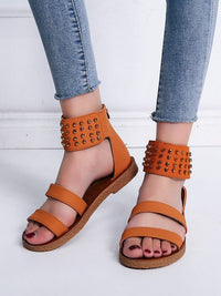 Spring and Summer Large Size Flat Rivet One-strap Buckle Sandals
