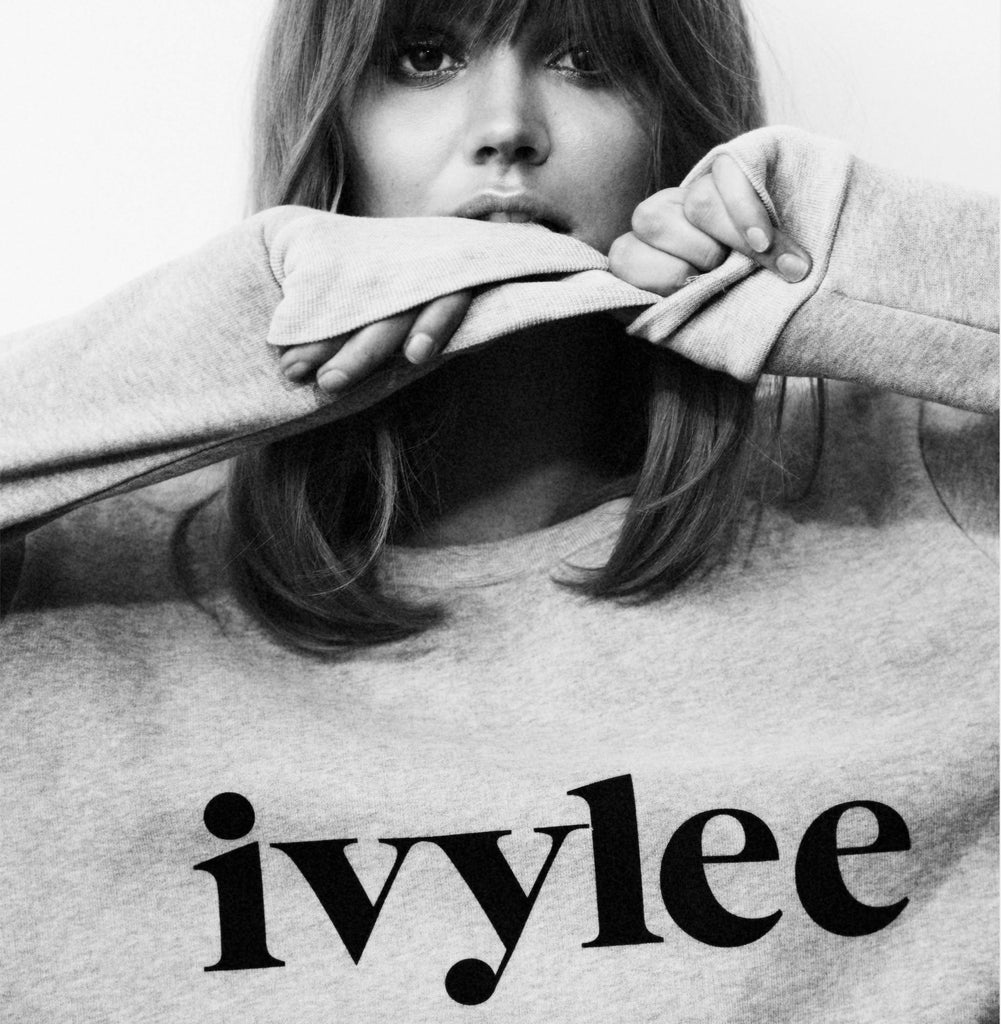 Ivylee Sweatshirt - Grey w. Black logo