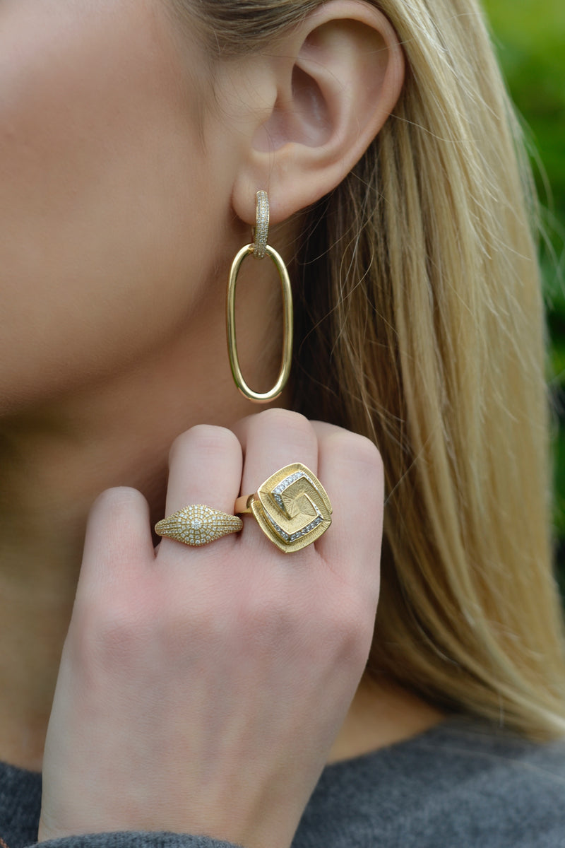 Halo Gold Oval Link Hoop