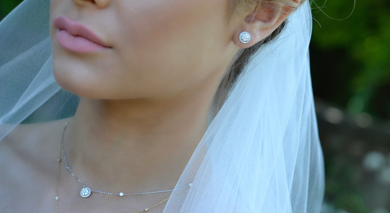 bridal diamond stud earring