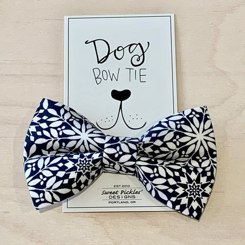 Black & White Floral Dog Bow Tie