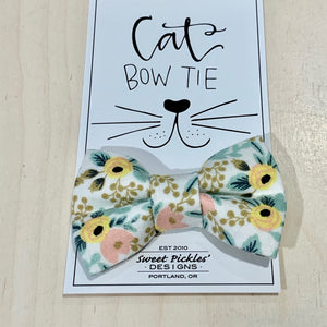 Classic Floral Cat Bow Tie