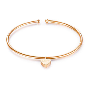 "Solid 18K/750 Rose Gold Heart ""Love"" Bangle"