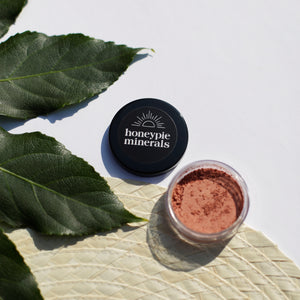 Honeypie Minerals Coral Blusher Vegan Natural