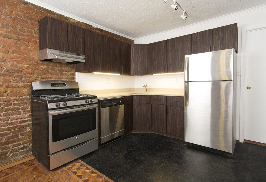 Image of: Traditional To Modern New Kitchen Cabinet Doors Panyl