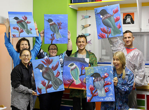 Heart for Art Social Painting Fun  -Paint your own Tui