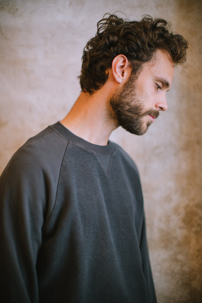 TEXTURED ORGANIC SWEATSHIRT CHARCOAL