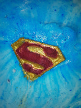 Load image into Gallery viewer, Superman - Bath Bomb.