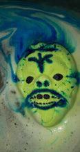 Load image into Gallery viewer, Zombie Bath Bomb