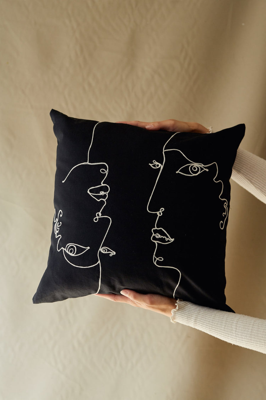 chainstitch embroidery pillowcase