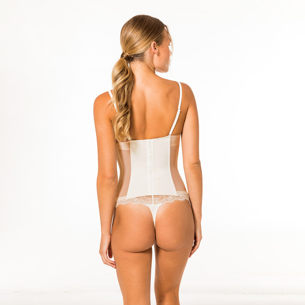 Champagne String in ivory und rosé nude - organza-lingerie