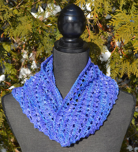 Silk Circle Cowl Pattern