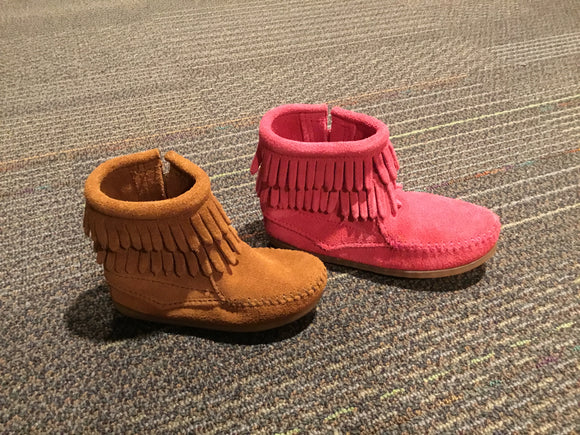 Kid's Minnetonka Fringe Booties