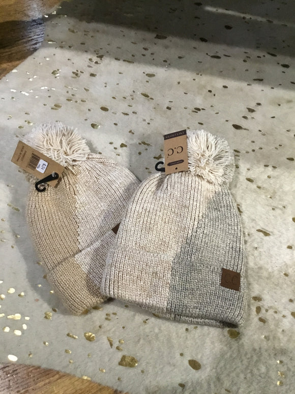 Dual Color Knit Beanie with PomPom