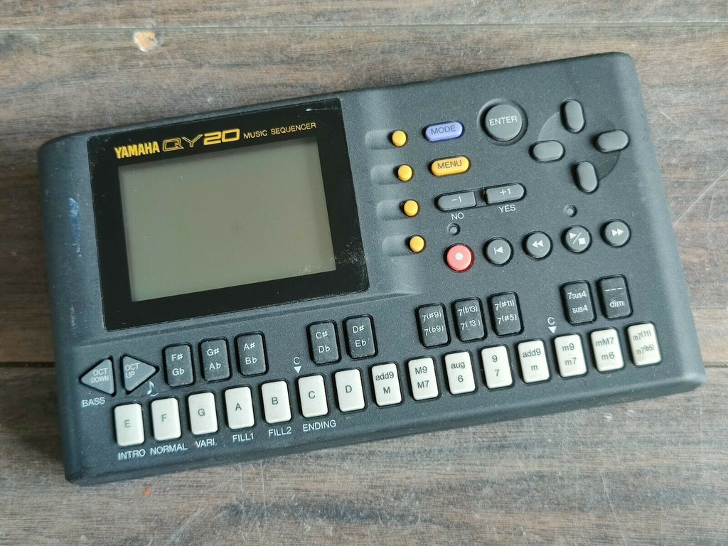 Yamaha QY20 Music Sequencer